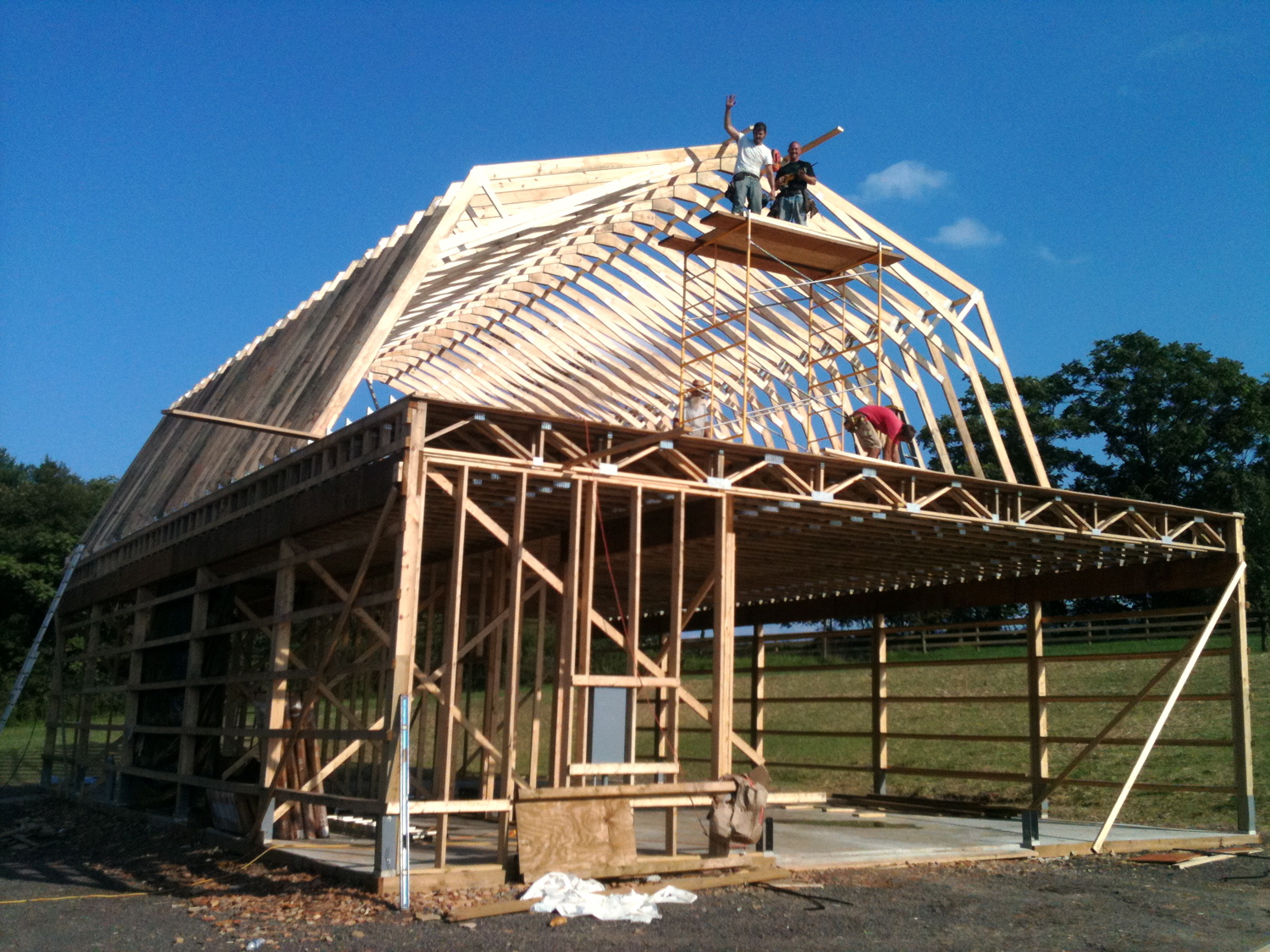 Setting the gambrel rafters