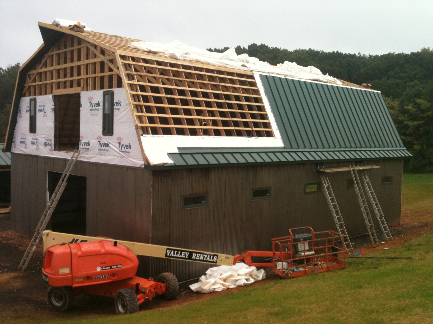 Installing the standing-seam metal roof